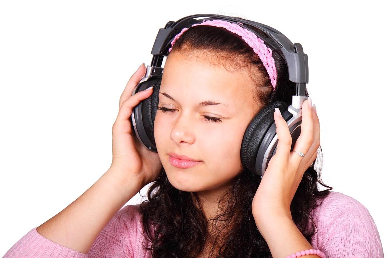 escuchar sonidos binaurales